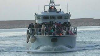 Спасти мигрантов