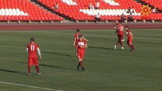 На футбольном поле стадиона «Спартак»в Чебоксарах впервые после реконструкции провели матч.