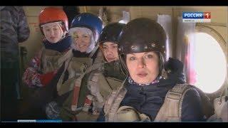«Сначала было страшно» – в Марий Эл новички и опытные парашютисты покоряли небо - Вести Марий Эл