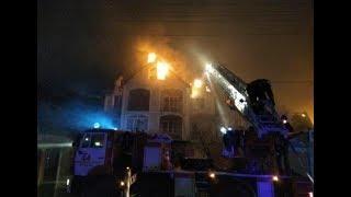 В Анапе сгорели три частных дома