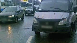 Автомобиль сбил ребенка на Ленинградском проспекте в Ярославле