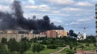 В Санкт-Петербурге горит мазут