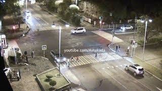 Astakada Уссурийск ДТП 23 сентября 2018 Перекрёсток ул. Некрасова ул. Чичерина Toyota Prius Crash