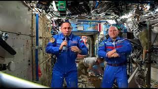 Поздравление с Днем космонавтики от российского экипажа МКС