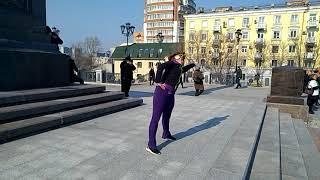 зарядка на площади воинской славы в Хабароске