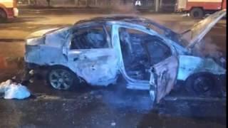 Ночью в Ярославле сгорела иномарка