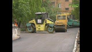 Уже этим летом жители домов по улице Антонова-Овсеенко смогут прогуляться с детьми в новом дворе