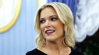 За что известную телеведущую Мегин Келли обвинили в расизме? Фрагмент Ньюзтока RTVI