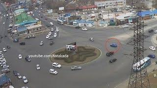 Astakada Владивосток ДТП 30 апреля 2018 Кольцо 3ей Рабочей Nissan Juke и Toyota Prius