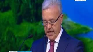 Александр Усс принес присягу и официально вступил в должность губернатора Красноярского края