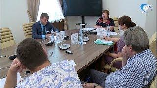 Принять участие в сентябрьских выборах пожелали 442 кандидата и 11 политических партий