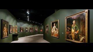 Владимир Путин побывал на выставке с картинами из Художественного музея Алтайского края