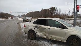 В Мордовии невнимательный водитель попал в аварию