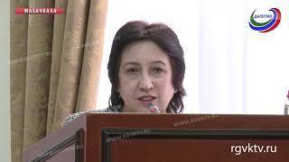 Дагестанским бюджетникам в будущем году повысят зарплату
