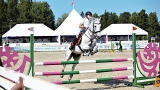 Барьерная среда: в Ханты-Мансийске проходят соревнования по конному спорту
