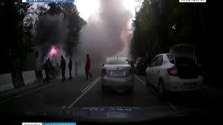 На трассе Красноярск-Дивногорск загорелся автомобиль
