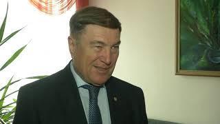Члены ленинского комсомола отмечают юбилейную дату
