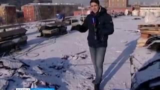В Красноярске одна из пятиэтажек осталась без крыши во время морозов