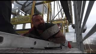 Прокрутить колесо обозрения с помощью троса: ярославский спортсмен Михаил Савин готовит новый трюк