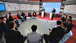 Наталья Комарова в режиме онлайн обсудила с югорчанами жилищные программы региона