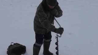 МЧС предупреждает об опасностях на неокрепшем льду