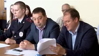 Депутаты и чиновники решали, что делать с расселенными домами
