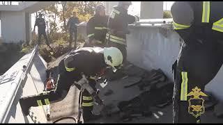 Крупный штраф заплатит водитель грузовика, снесшего виадук во Владивостоке