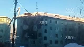 Появилось видео разбора завалов на месте рухнувшего дома в Мурманске1
