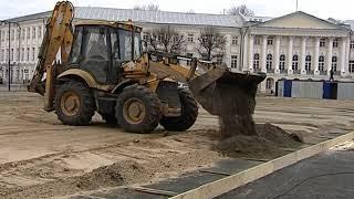 В центре Ярославля начался монтаж ледового катка