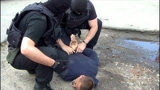 Сотрудниками МВД России задержаны подозреваемые в вымогательстве