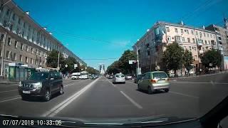 Опасный маневр водителя