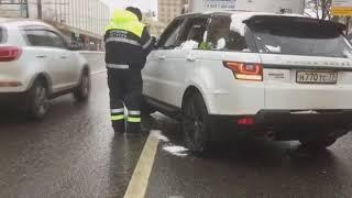 Не дали скрыться с места ДТП водителю, который находился в неадекватном состоянии