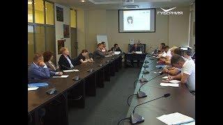 Разработку стратегии развития региона в Тольятти начали с обсуждения проблем ЖКХ