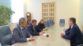 Губернатор Андрей Бочаров провел рабочую встречу с руководством «Сбербанка»