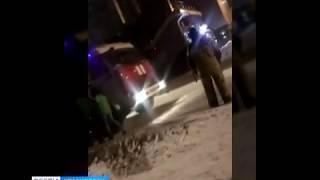В Красноярске молодая девушка искусала спасателей, которые вытаскивали её из Енисея