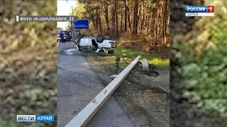 82-летний водитель врезался в столб под Бийском