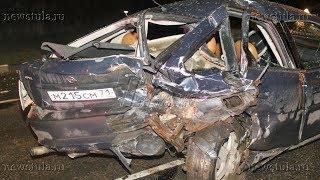 В Туле жестко столкнулись два автомобиля, а третий неудачно их объехал