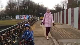 В Калининграде начали ремонтировать Медовый мост