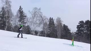 В Барнауле стартовали первые в крае соревнования по сноуборду среди детей