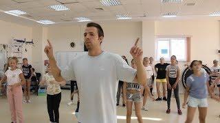 Детей Ханты-Мансийска научили танцевать хип-хоп и брейк-данс