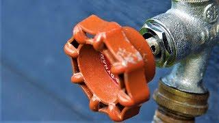 В Нефтеюганске выдувают грязь из труб