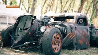 """Экзотика на двух и четырёх колёсах. В Невинномысске прошёл фестиваль """"Автошок""""."""