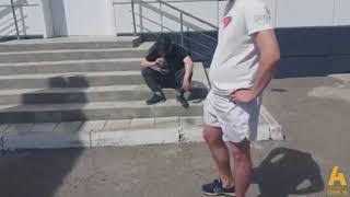 Пьяный виновник ДТП в Омске получил затрещину от одного из пострадавших