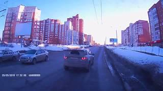 В Чебоксарах из-за ДТП с «Ренж Ровером» встали 17 троллейбусов
