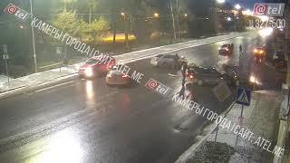 ДТП на перекрестке Волжской набережной и Пушкина