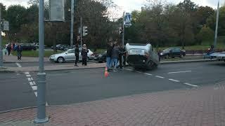"""После ДТП очевидцы помогли """"поставить на ноги"""" Chevrolet"""