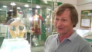 Из Кунсткамеры Петра Великого в Омск привезли Маску шамана