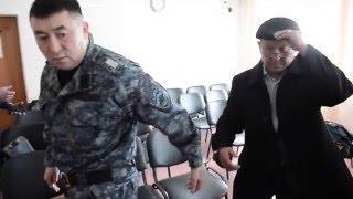 Директора ЖБИ взяли под стражу в зале суда