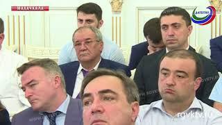 Врио главы Дагестана Владимир Васильев провел еженедельное совещание