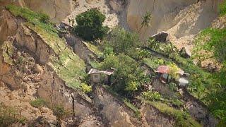 Около 30 человек погибли в результате оползня на Филиппинах…